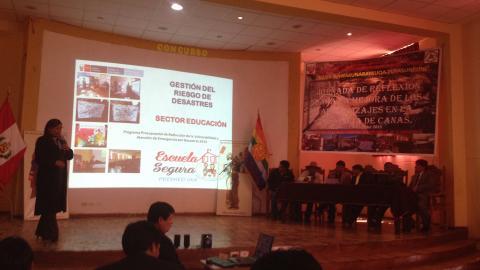 """""""Jornada de reflexión para la mejora de los aprendizajes en la provincia de Canas"""""""