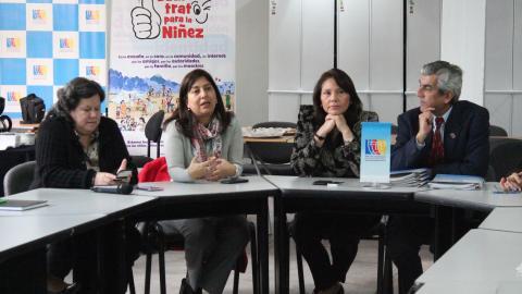MINISTRA PAOLA BUSTAMANTE EN REUNIÓN CON EQUIPO DE LA MESA DE CONCERTACIÓN PARA LA LUCHA CONTRA LA POBREZA