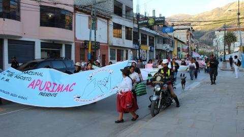 #NiUnaMenos: así fue la marcha contra la violencia a la mujer en Abancay