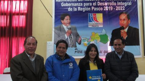 PASCO: CANDIDATOS A SEGUNTA VUELTA RATIFICARON EL ACUERDO DE GOBERNABILIDAD PARA EL DESARROLLO INTEGRAL DE LA REGIÓN 2019 -2022