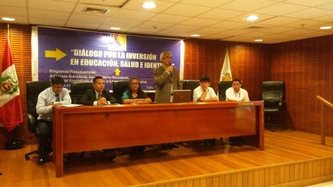 Diálogo por la inversión en educación salud e identidad en Loreto