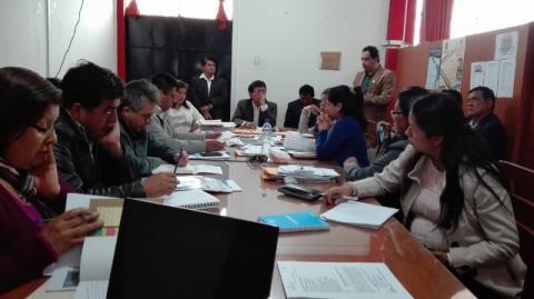 Mesa de Amazonas presenta el reporte de Seguimiento Concertado al Acuerdo de Gobernabilidad 2015-2018 en sesión del Consejo Regional